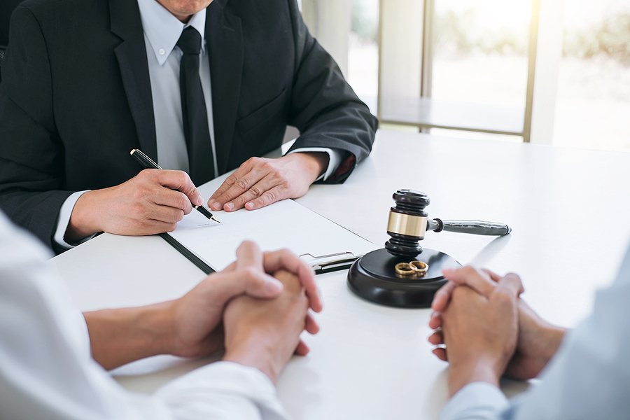 Chatswood family lawyer meeting a client
